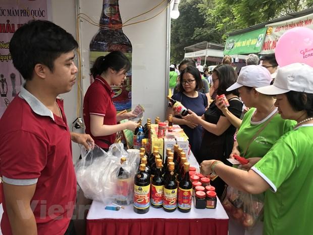 Gan 500 doanh nghiep tham gia Chuong trinh kich cau tieu dung hinh anh 1