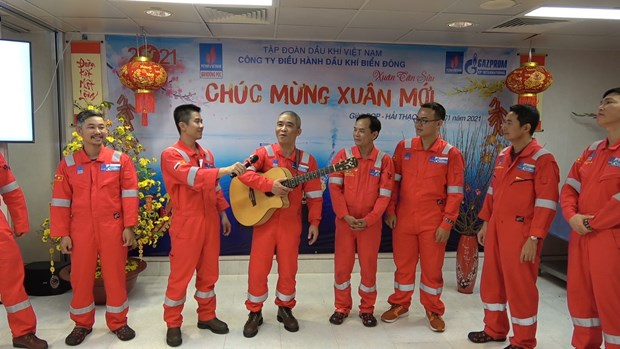 PetroVietnam: Don Xuan som tren nhung cong trinh dau khi bien hinh anh 1