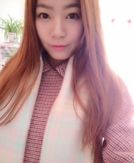 [Photo] Nhan sac co gai chan dai 1,15m gay sot o Trung Quoc hinh anh 5