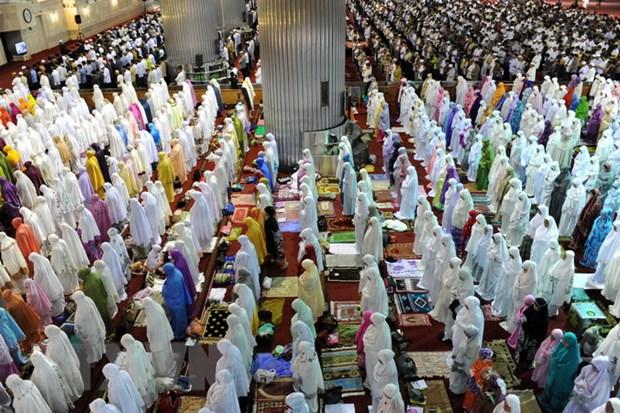 Nguoi Hoi giao o Indonesia buoc vao thang le Ramadan linh thieng hinh anh 1