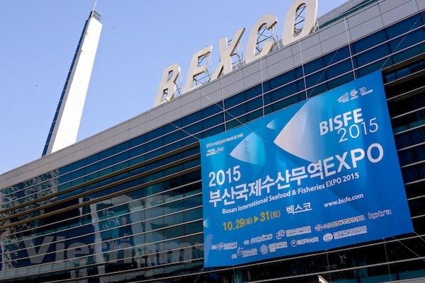 Gan 400 cong ty tham du Hoi cho thuy san quoc te Busan 2015 hinh anh 1