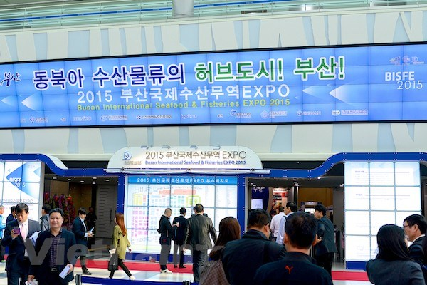 Gan 400 cong ty tham du Hoi cho thuy san quoc te Busan 2015 hinh anh 4