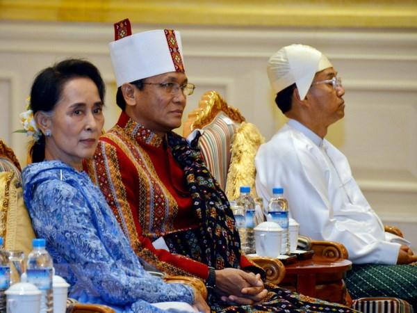 Myanmar: Chinh quyen moi tha tu nhan theo cam ket hinh anh 1