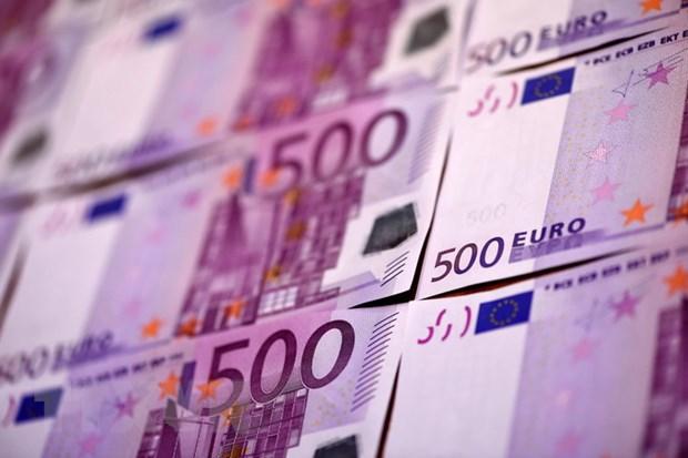 Brexit lam cham tien trinh Cong hoa Sec dung dong euro hinh anh 1