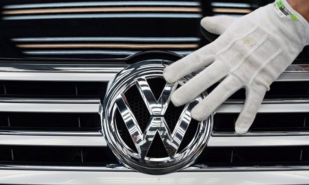 Tieng Anh thay the tieng Duc thanh ngon ngu chinh cua Volkswagen hinh anh 1