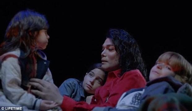 Gioi thieu phim tieu su ve huyen thoai am nhac Michael Jackson hinh anh 1