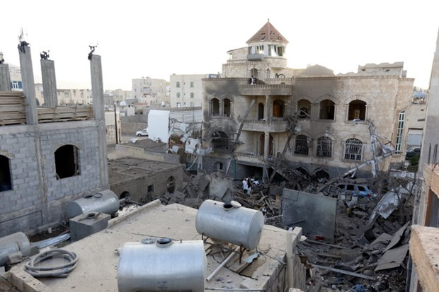 Israel khong kich dap tra cac vat the duoc ban di tu Syria hinh anh 1