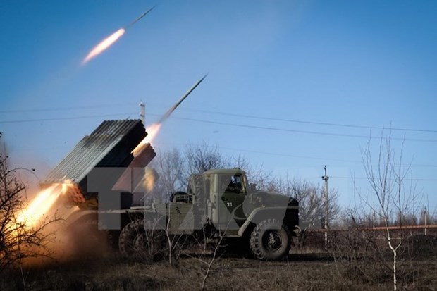 Nhom Tiep xuc ve Ukraine nhat tri ngung ban tai Donbass tu 25/8 hinh anh 1