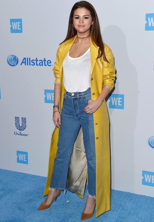 Tuyet chieu phoi quan jeans cho ngay Thu an tuong nhu Selena Gomez hinh anh 12