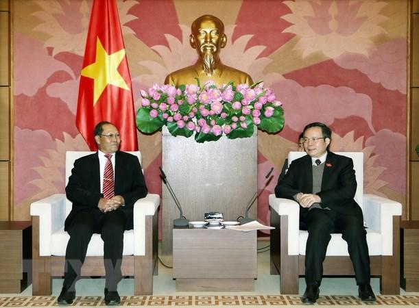 Viet Nam uu tien phat huy moi quan he doan ket dac biet Viet Nam-Lao hinh anh 1