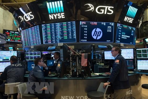 Chi so Dow Jones, S&P 500 xac lap ky luc ngay thu 2 lien tiep hinh anh 1