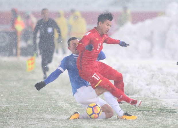 Co dong vien Viet Nam o Singapore, Campuchia cuong nhiet voi U23 hinh anh 1