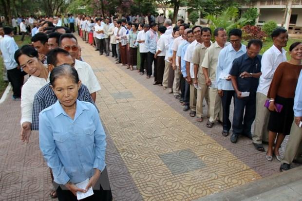 Campuchia: Nguoi dan tay chay tong tuyen cu se bi phat hinh anh 1