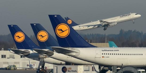Hang hang khong Lufthansa huy hon 800 chuyen bay trong ngay 10/4 hinh anh 1