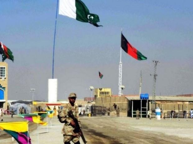 Dung do tai bien gioi Iran-Pakistan khien 6 nguoi thiet mang hinh anh 1