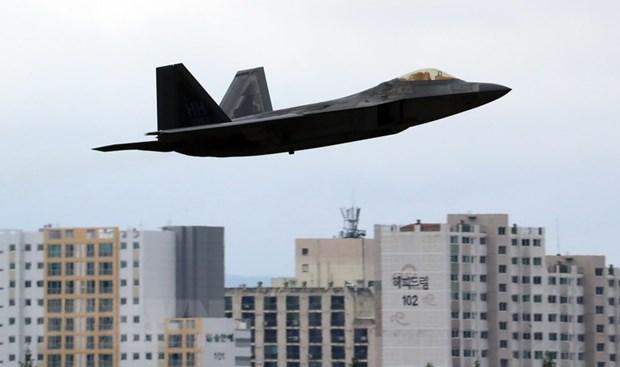 My trien khai tam thoi tiem kich co F-22 toi can cu Okinawa hinh anh 1