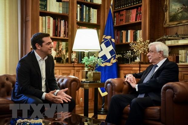 Phe doi lap o Hy Lap: Thu tuong Tsipras da tu bo mot phan dat nuoc hinh anh 1