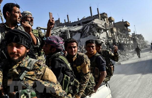 Syria: SDF gianh quyen kiem soat lang gan bien gioi Iraq tu tay IS hinh anh 1