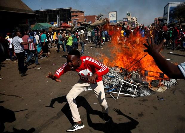 Zimbabwe: Quan doi ban dan that vao nguoi bieu tinh o thu do hinh anh 1