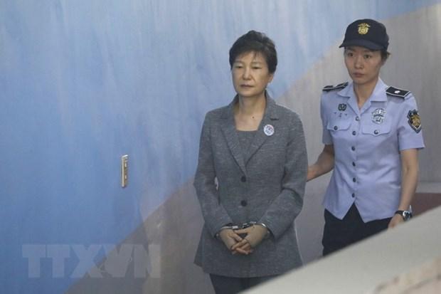 Cuu Tong thong Han Quoc Pak Geun-hye bi tuyen an 25 nam tu giam hinh anh 1