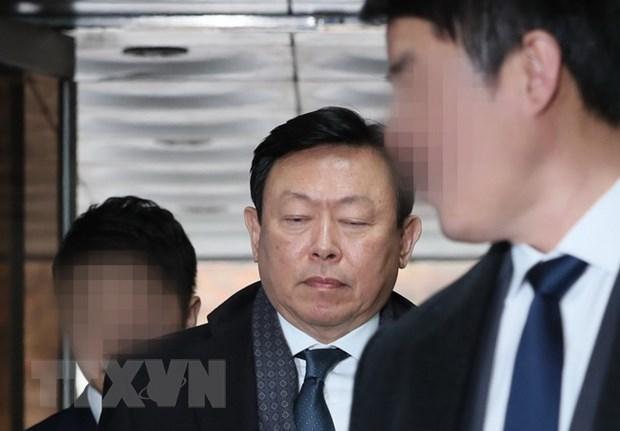 Chu tich tap doan Lotte Shin Dong-bin bi de nghi muc an 14 nam tu hinh anh 1