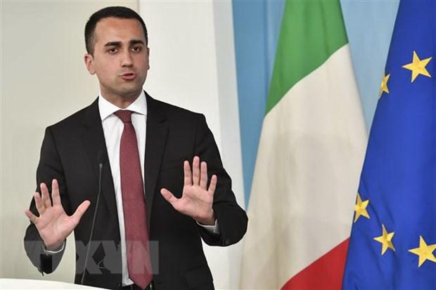 Bat chap cang thang, Italy cam ket khong roi khoi Eurozone hinh anh 1