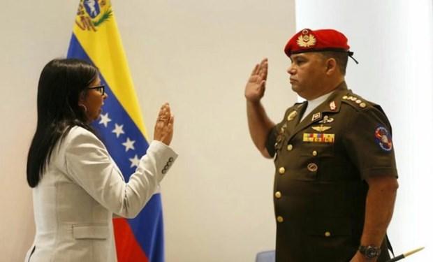 Nguoi vua bi cach chuc lam Co van An ninh Phu tong thong Venezuela hinh anh 1