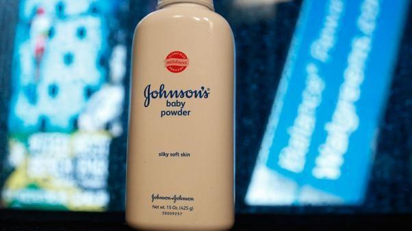 Johnson & Johnson phai boi thuong 29 trieu USD cho mot nu khach hang hinh anh 1