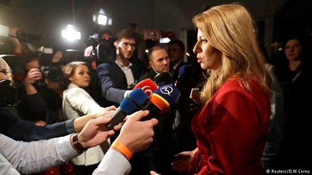 Ba Zuzana Caputova co the thanh nu tong thong dau tien cua Slovakia hinh anh 1