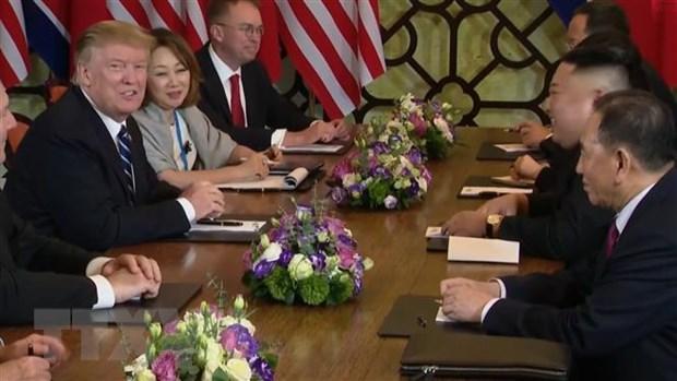 Co van Bolton: Ong Trump da cho ong Kim Jong-un 'mot so lua chon' hinh anh 1