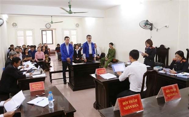 Nguyen Chanh Ke toan VSP duoc giam so tien bi cao buoc chiem doat hinh anh 1