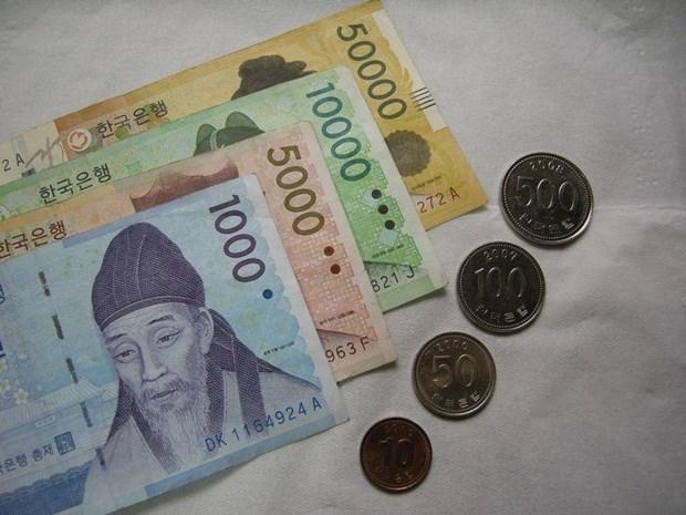 Tong thong Han Quoc Moon Jae-in keu goi tang ngan sach hinh anh 1