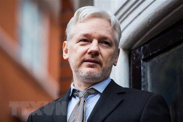 My chi co 2 thang de hoan tat yeu cau dan do ong Julian Assange hinh anh 1