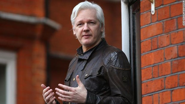 Cha cua ong Assange keu goi Thu tuong Australia can thiep hinh anh 1