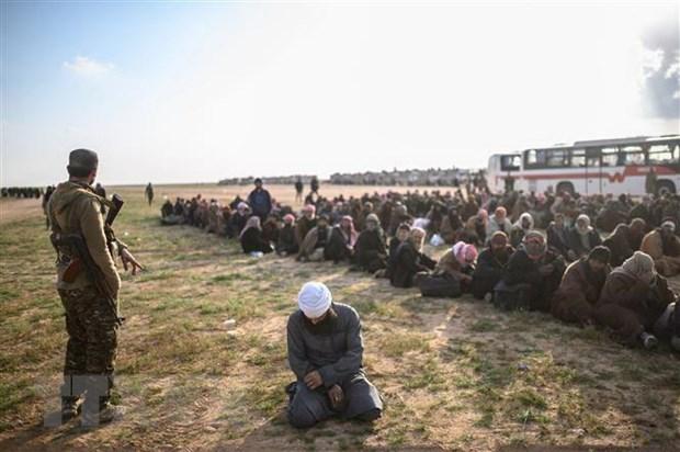 Iraq bat dau tien hanh cac thu tuc xet xu 900 nghi pham IS hinh anh 1