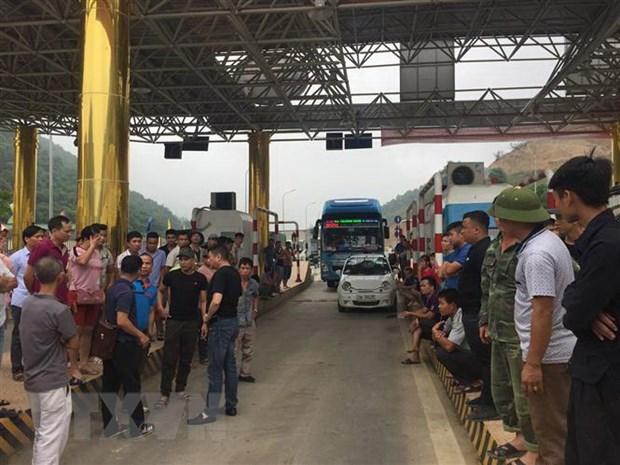 [Video] Xa tram BOT Hoa Lac-Hoa Binh do nguoi dan phan doi hinh anh 1