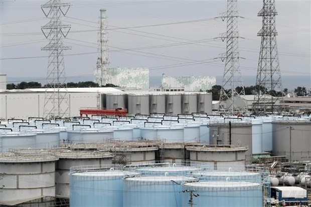 Nhat ngung cap nuoc cho lo phan ung bi tan chay ben trong Fukushima hinh anh 1