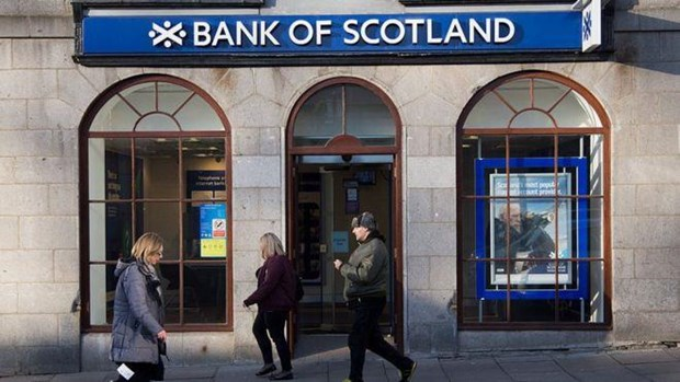 Ngan hang Bank of Scotland chiu muc an phat gan 57 trieu USD hinh anh 1