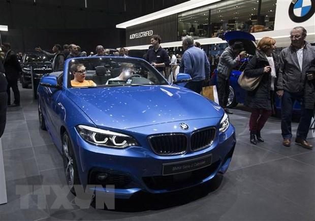 BMW dat muc tieu tang gap doi doanh so oto dien vao nam 2021 hinh anh 1