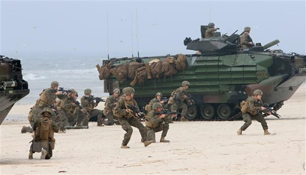 Nga tuyen bo se dap tra quan su cac moi de doa tu NATO hinh anh 1