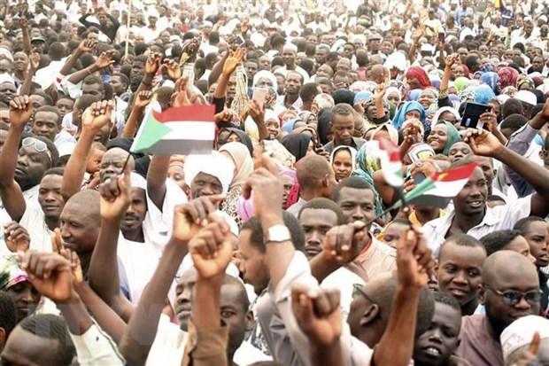 Sudan: Bieu tinh ram ro doi trao quyen cho chinh quyen dan su hinh anh 1