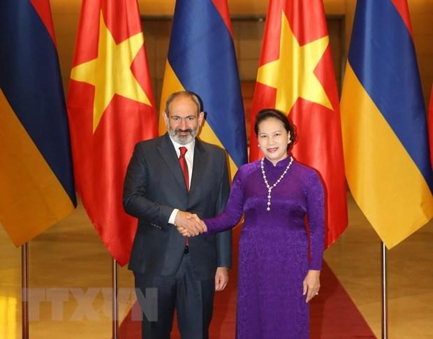 Chu tich Quoc hoi Nguyen Thi Kim Ngan hoi kien Thu tuong Armenia hinh anh 1