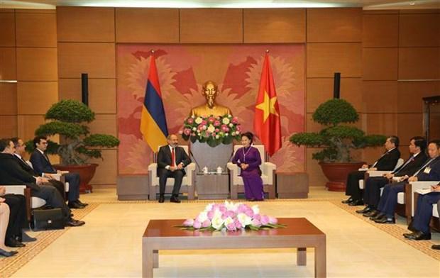 Chu tich Quoc hoi Nguyen Thi Kim Ngan hoi kien Thu tuong Armenia hinh anh 2