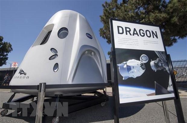 SpaceX phong tau vu tru dua do tiep te, thiet bi nghien cuu len ISS hinh anh 1