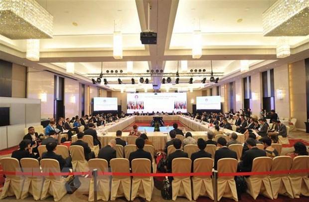 Chuan bi cho cac hoi nghi quan trong cua ASEAN+3 va EAS hinh anh 2