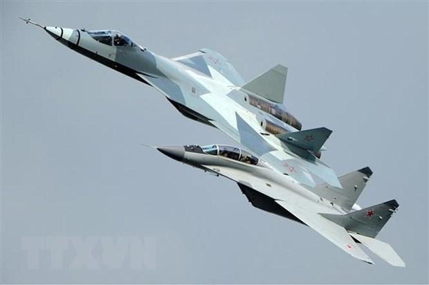 Nga san xuat hang loat may bay chien dau tien tien nhat Su-57 hinh anh 1