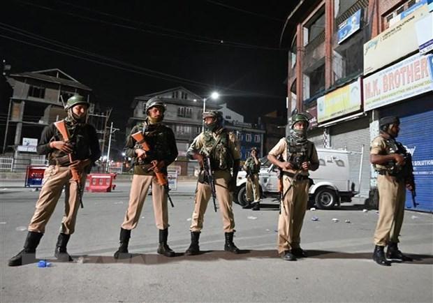 Pakistan phan doi An Do bo dieu khoan trao quyen tu tri cho Kashmir hinh anh 1