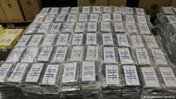Đức tịch thu lượng lớn cocaine trị giá 350 triệu euro trong container