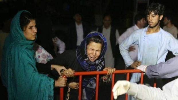 Hon 240 nguoi thuong vong vi danh bom lieu chet tai dam cuoi o Kabul hinh anh 1