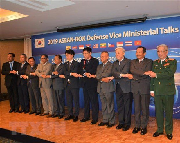 Viet Nam ung ho Han Quoc hop tac quoc phong toan dien voi ASEAN hinh anh 1